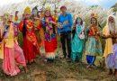 অভিনব উদ্যোগে পুজোর গানে বাংলার বহুরূপী শিল্পীরা